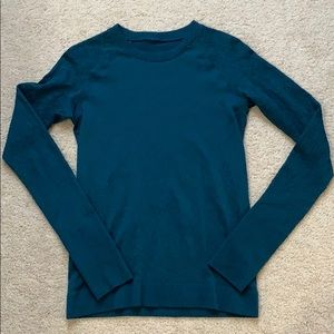 lululemon rest less pullover nile blue 8